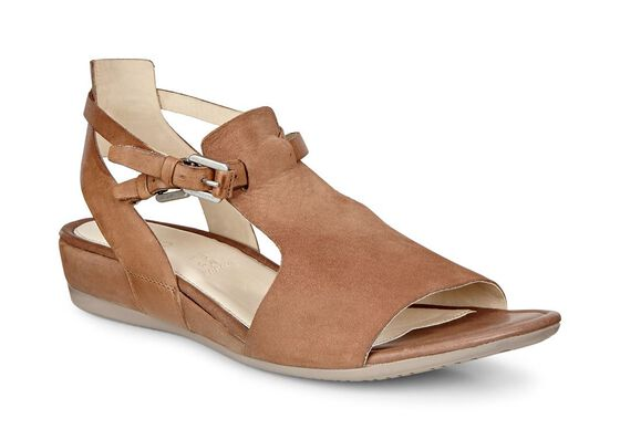ECCO Touch 25 Hooded Sandal (CAMEL/WHISKY)