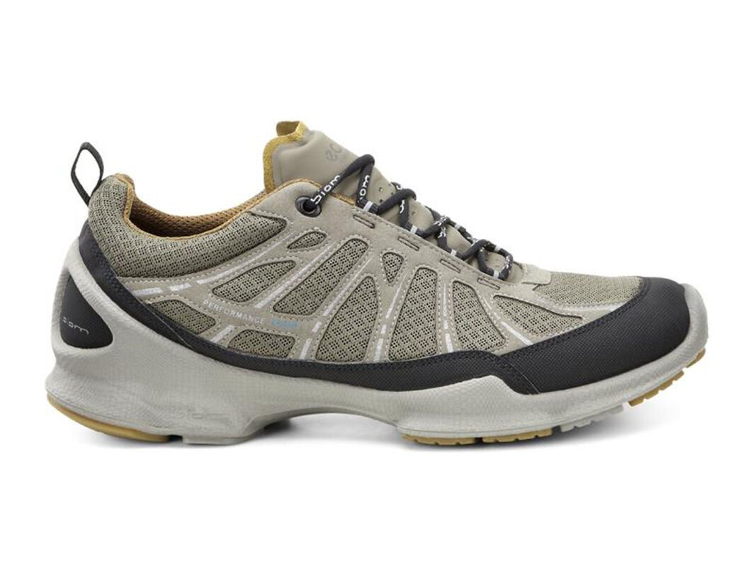 ecco men's athletic shoes