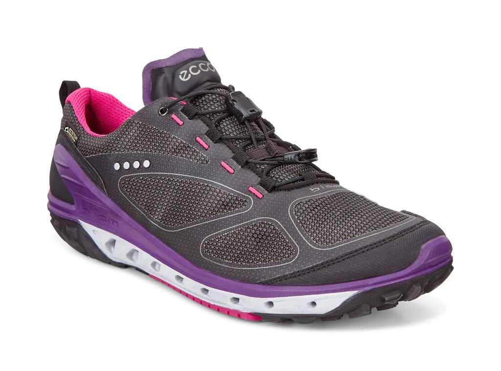 Ecco Womens BIOM venture hiking shoe